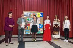 """Tineri  artiști din Teleorman premiați la Concursul  Internațional de pictură ,,O lume fără război"""" –Moscova 2021"""